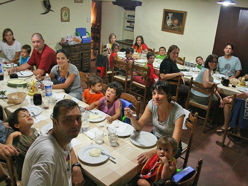 Estades familiars a la casa de colònies Mas Coromina a la Garrotxa